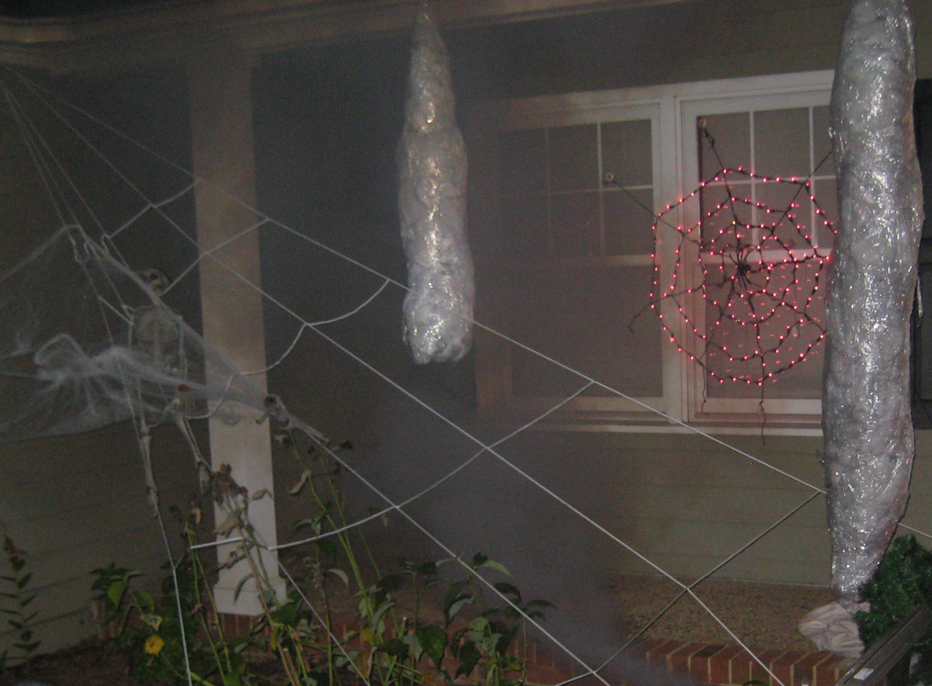 How To Make A Giant Spider Web Giant Spider Halloween Display Author Rachel Graves