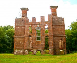 "Ruins of Rosewell (photo is ""Rosewell.VA"" by Agadant  Licensed under CC)"